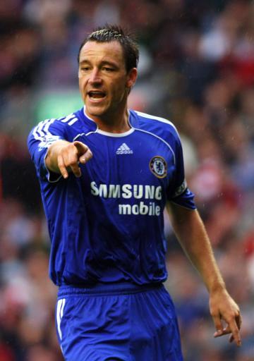 """Terry srovnává """"slabý"""" Arsenal s """"vítěžnou"""" Chelsea"""